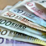 Billetes de banco de 500, 100, 50, 20, 10 y 5 euros